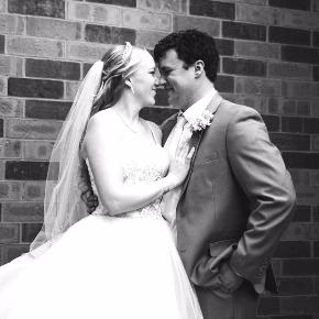 Sydney & David, Real Wedding, Mankato Wedding, City Center Hotel Wedding, Wedding Planning, Yellow and Grey Wedding, Yellow Brick Road Wedding, Wedding Cake, Wedding Reception Sites, Mankato Hotel